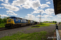 A New Angle (jdhoehler) Tags: station newjersey unitedstatesofamerica platform scenic nj engines railing ge freight generalelectric csx freighttrain manifest boundbrook 7336 c408w 9038 c409w q418