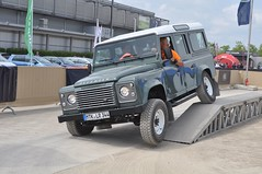 Land Rover Defender (Transaxle (alias Toprope)) Tags: auto show cars beauty car station june fun nikon driving power offroad 4x4 action extreme 4wd mobil rover fair voiture exhibition downhill leipzig motors climbing international ami coche experience soul carros land carro motor autos landrover messe macchina carshow awd coches motorshow stationwagon voitures 4wheeldrive toprope defender allwheeldrive extrem 2014 macchine lwb d90 parcours mtklr344