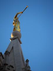 Mormon Temple - Moroni (Perdendosi) Tags: angel temple utah saltlakecity slc templesquare lds moroni 84101 84102