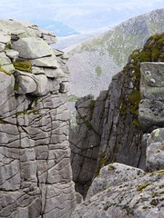 Etched rocks 2 (Sarah A Christie) Tags: rocks cliffs ridge cracks lochnagar munro crevices