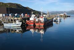 Btaichean (Mrtainn) Tags: bag lumix boot scotland boat highlands barca barco alba escocia bateau alban szkocja bt esccia schottland btur bote westerross vene schotland d ecosse lochalsh scozia txalupa paat fanas skottland rossshire laiva skotlanti skotland kyleoflochalsh bd bd ladja  broskos varca balca caollochaillse csnak  valtis esccia skcia  albain brka bta iskoya  rawtherapee  lun barc lochaillse gidhealtachd taobhsiarrois siorramachdrois llancha scoia  battellu skath