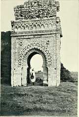 Anglų lietuvių žodynas. Žodis moorish arch reiškia maurų arka lietuviškai.