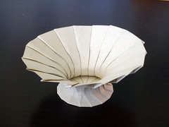 Curved folds #3 (orig4mi.) Tags: paper origami fold