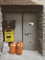 (Fer Svengali) Tags: flickrandroidapp:filter=none vsco vscocam emptyplaces espacios puerta door