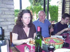 mot-2005-berny-riviere-154-dining-with-friends_800x600