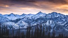 Stok Kangri (Motographer) Tags: winter sunset mountains landscape 50mm twilight leh himalayas jk ladakh stok kangri nikkoraf50mmf18d motographer fotografikartz motograffer