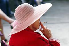 Concarneau_20140915_002 (bourjean29) Tags: france canon cigarette smoke bretagne concarneau chapeau fumeur bateau finistre dunhill villeclose fumeuse jeanbourgeois