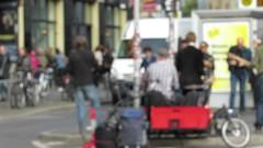 Hackescher Markt - Strassenmusik (golli43) Tags: berlin rock hauptstadt jazz verkehr tourismus strassenbahn hackeschermarkt sänger strassenmusik schlagzeug knotenpunkt