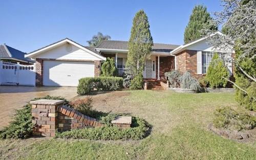 8 Suffolk Place, Elderslie NSW 2570