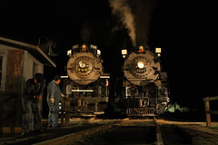 Steam Railroading Institute Night Photo Session (dangaken) Tags: pm1225 nkp765 steamrailroadinginstitute steam night train rail railroad nickleplateroad peremarquette owossomi mi puremichigan trainfest2014 kanawha berkshire limalocomotiveworks lima trainexpo2014 trainexpo nightphotography dark turntable 284 284steamlocomotive chesapeakeandohio co pm nickelplateroad newyorkchicagoandstlouisrailroad dgaken dangaken photobydangaken