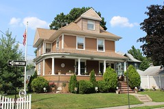 51 Waters Ave., Westerleigh (New York Big Apple Images) Tags: newyork statenisland westerleigh prohibitonpark
