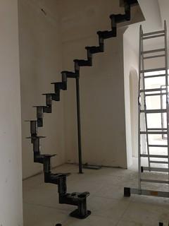 Omurga merdiven DEVELİ