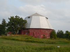 12 Sided Barn (jimmywayne) Tags: barn rural nashville michigan rustic historic roundbarn barrycounty 12sided