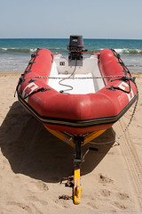 The Rescue Boat (Vahan Aghajanyan) Tags: ocean sea water grancanaria see spain sand meer atlantic canaryislands beack maspalomas вода море песок океан испания канарскиеострова канары