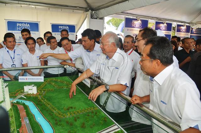 Majlis Pelancaran dan Pecah Tanah Perumahan Rakyat 1 Malaysia (PR1MA) di Seremban