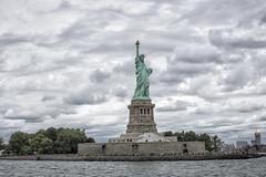(fotograefin81) Tags: nyc newyorkcity sunset usa ny newyork tower museum brooklyn liberty sonnenuntergang sundown state tokina timesquare architektur empirestate amerika schwarzweiss turm feuerwehr brigde reise weitwinkel