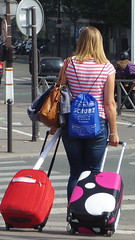 En voyage (Septembre 2014) (Ostrevents) Tags: voyage travel woman paris france color back europa femme case luggage dos journey capitale couleur bagage valise traveler chn voyageur eurpe garededelyon ostrevents szcrub