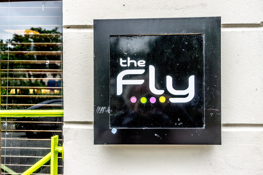 THE FLY [5-6 Lower Crescent (Queen's Quarter)]