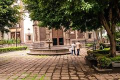 Plaza Santa Veracruz (tangaxoan) Tags: plaza mxico iglesia distritofederal centrohistrico desnivel santaveracruz
