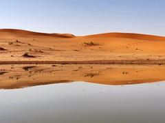 #بحيرة  وسط  #الصحراء #طبيعة #رمال (naif0218) Tags: بحيرة الصحراء طبيعة رمال