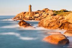 Ploumanach Lighthouse (Loc Lagarde) Tags: ocean sea france landscape coast brittany bretagne coastline bzh perrosguirec ploumanach cotedarmor cotedegraniterose pinkgranitcoast canoneos5dmarkiii