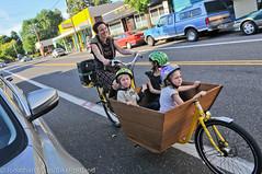 Finch-fiets unveiling at Velo Cult-21 (BikePortland.org) Tags: cargobikes metrofiets emilyfinch finchfiets