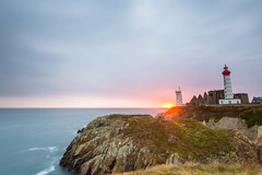Sunset at Pointe Saint-Mathieu (cecilegall) Tags: sunset sea mer lighthouse brittany rocks bretagne pointe phare rochers saintmathieu leefilters