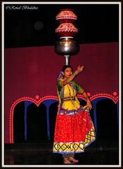 P7050138 (Renal Bhalakia) Tags: india art dance folkart olympus pots folkdance rajasthan udaipur dancinggirl olympusc750uz olympus750uz discoverindia renalbhalakia bharatiyalokkalamandal udaipurfolkmuseum