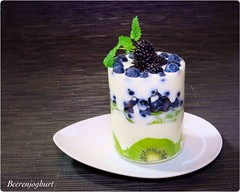 Kiwi-Beeren-Joghurt