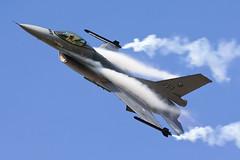 Dutch Air Force / General Dynamics F-16AM Fighting Falcon / J-631 / Ostrava Mosnov Airport / 21.09.14 (Marcin Sikorzak) Tags: dutch demo slick airport team force czech general air days falcon fighting dynamics nato ostrava 2014 f16am mosnov j631