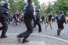 20140908_1956_170_Boillot.jpg (Florian Boillot) Tags: berlin germany demo demonstration dach friedrichshain polizei deu warschauerstrasse besetzung frankfurterallee fluechtling unterkunft guertelstrasse