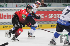 "DEL15 Kölner Haie vs. Schwenningen Wild Wings 28.09.2014 085.jpg • <a style=""font-size:0.8em;"" href=""http://www.flickr.com/photos/64442770@N03/15380527301/"" target=""_blank"">View on Flickr</a>"