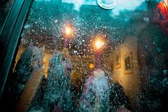 Starry Night (Jorge Eduardo Albarracin) Tags: nuit etoilee starry night noche estrellada sternennacht bougie candle vela wax kerze window fenster glass fenetre ventana vitrine vitrina reflejo reflection reflet spiegelung van gogh paris montmartre lamarck yin