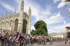 Tour De France Past Kings College (Scudamore's Punting Cambridge) Tags: cambridge college chapel kings tourdefrance 2014 scudamores