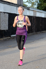 Sale Sizzler race 2 (04) (rwsportsphotos1) Tags: sport lady athletic legs running run tights athlete fitness spandex fit 5k lycra leggings wythenshawe 5000m wythenshawepark runningtights salesizzlerrace2