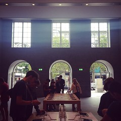 Entrance (Lady Madonna) Tags: berlin square applestore squareformat iphone kurfürstendamm amaro 140815 iphoneography instagram instagramapp uploaded:by=instagram foursquare:venue=4d3181d8eefa8cfaa8032cb3 applestorekurfürstendamm germany2014