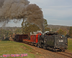 K190 Climbs Winters Rise (MattOatenVR) Tags: road heritage k train spectacular victorian railway australia victoria class steam lane pipeline castlemaine downunder maldon sinclairs vgr goldfields stean steamrail k190 k153 pheonics