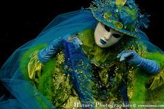 Carnaval vénitien de Corbeil 2011-178 (Hatuey Photographies) Tags: carnival color costume mask masquerade couleur masque reportage masques déguisement corbeil carnavalvénitien venitiancarnival carnavalvénitiendecorbeilessonnes carnavalsvénitiens hatueyphotographies ©hatueyphotographies