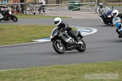 IMG_5902 (Holtsun napsut) Tags: ex drive sigma os apo moto motorcycle 70200 f28 dg rata kes motorrad traing piv eos7d ajoharjoittelu moottoripyoraorg