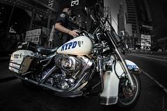 NYPD (Fabdub) Tags: usa newyork manhattan police nypd harleydavidson moto motorcycle ricoh vhicule pentax1017mmfisheye pentaxart pentaxk3