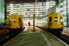 19900126 015 Holborn Viaduct. Final Hours Before Closure. Class 415 4-EPB 5230 Arrived 17.13 ex Barnehurst. 5196 18.08 to Sevenoaks (15038) Tags: electric br trains emu disused railways britishrail holbornviaduct 5196 5230 4epb class415 lostlines