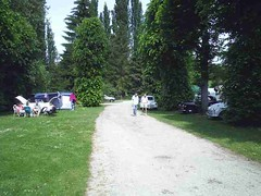 mot-2005-berny-riviere-016-campers-area-sunday-am_800x600