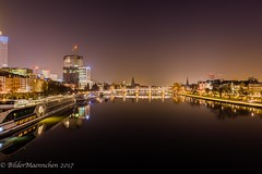 Frankfurt--2 (BilderMaennchen) Tags: frankfurtammain hessen germany de bildermaennchen nikon d4 main nightshot city citynight