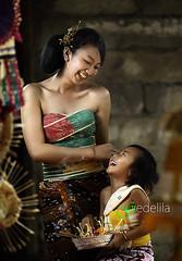 2014_06_01_1761 (gedelila) Tags: bali beauty children indonesia indah budaya gadis gadisbali gadiscantik gadissexy budayabali budayaindonesia balinisepeople gedelila indahnyaindonesia