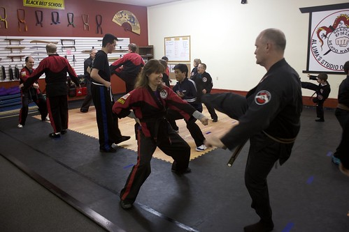 "adult_class_sifu_exercise_2 • <a style=""font-size:0.8em;"" href=""http://www.flickr.com/photos/125344595@N05/14399814371/"" target=""_blank"">View on Flickr</a>"