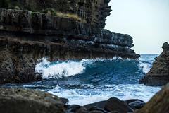 wave (faVori rouge) Tags: ocean cliff rock coast wave australia tasmania piratesbay