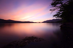 The evening sunset, Derwent waters. (Dave TAZ) Tags: sunset red sky lake water scenery warm space derwent lakedistrict cumbria derwentwater keswick sunsetderwentkeswicklakedistrictcumbriaskysunredwaterlake