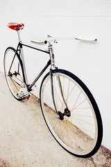 TAIWAN FIRST FIXEDGEAR SHOP OZOTW X PL29 COMPLETE BIKE X OZOTW 2014 PLUME2 LUG FRAME IN RAW X OZOTW LUG5 FORK IN CP SILVER X BROOKS SADDLE IN HONEY X OZOTW AG4 CNC CRANKSET IN SILVER (OZOTW) Tags: green bicycle shop 50mm cycling aluminum asia track raw meetup taiwan gear fork tire cap ag frame singlespeed fixed taichung fixie fixedgear gt carbon custom velodrome slope pursuit mash sanmarco skid lug ozo 2014 aff1 aff2 aff3 chainlock bottombracket 4130 cinelli 700c madeintaiwan 2013 6066 steelbike chromoly 46t completebike kingheadset tricktrack carbonrim bullhornbar barspinable ozotw srams80 wwwozotwcom 4130steel slopeframeset tpuvelcrotoestrap eurobottombracket 40mmdeeprim affframeset ospoke