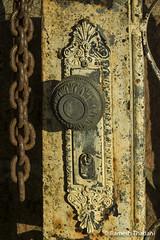 Chain & Lock (Ramesh_Thadani) Tags: brazil brasil am amazon gate bresil lock brasilien chain doorknob mao manaus brasile amazonas taruma amazonia correntes amazonie portao fecho macaneta tarumariver riotaruma marinariobello