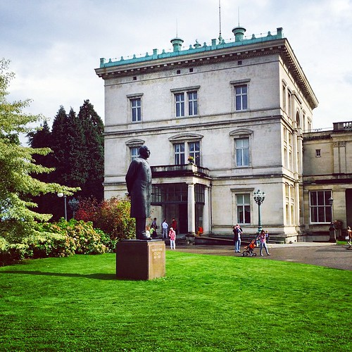 Villa Hügel - #photopftheday #igdaily #iphoneonly #igers #igersgermany #instagood #love #picoftheday #instadaily #instamood #webstagram #instatuff #nofilter #igersdeutschland #siswords #bestoftheday #instadaily #iphoneonly #ruhrgebiet #pott #essen #kultur, © siswords